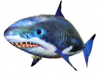 Игрушка надувная, летающая на радиоуправлении (акула точно имитирует движения настоящих рыб в воде)